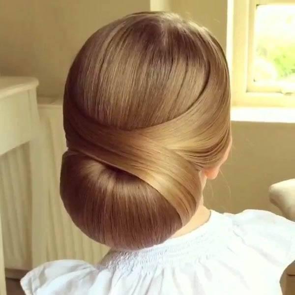 Low Semi Circular Bun With Pouf