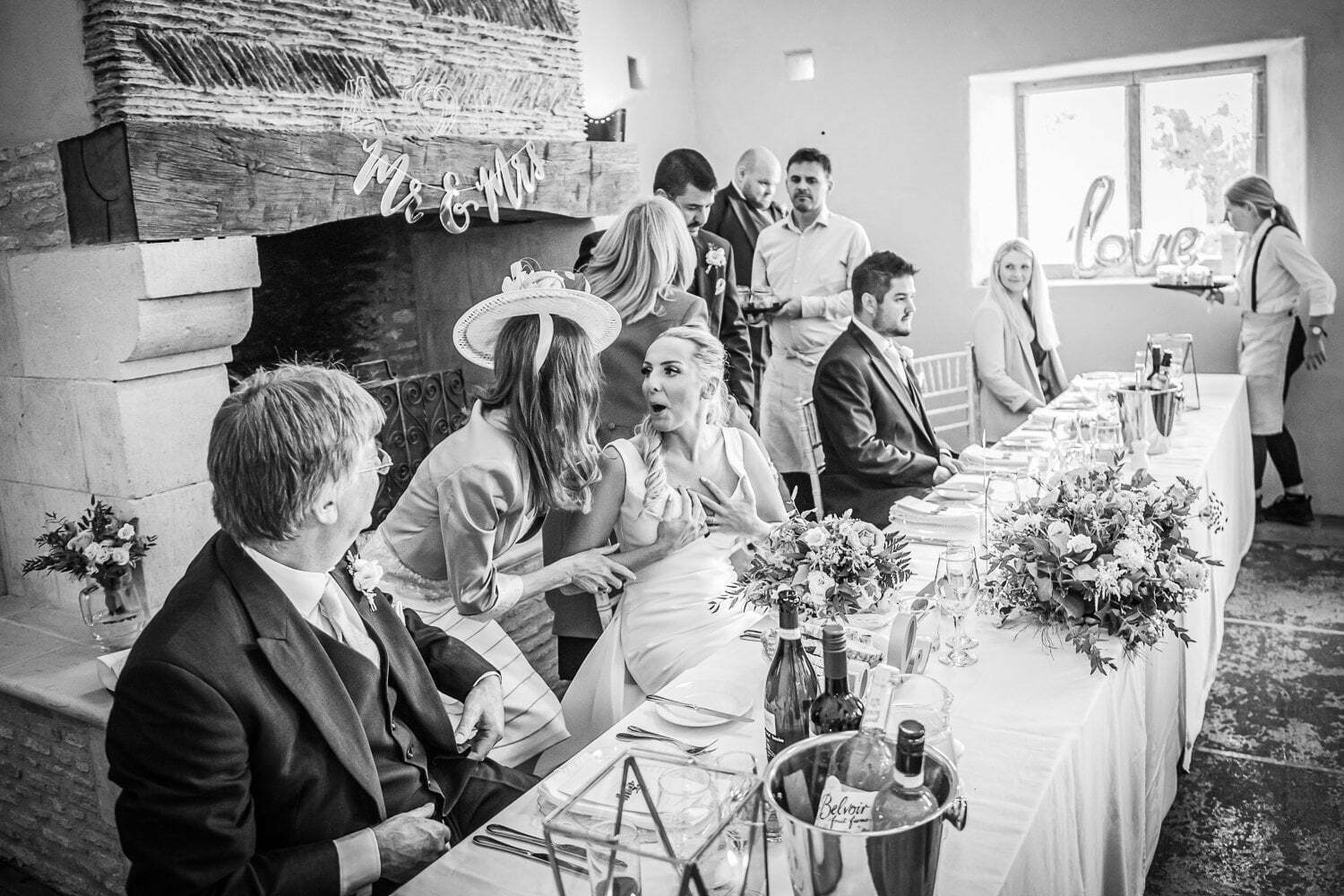 Oxleaze Barn wedding LA 108