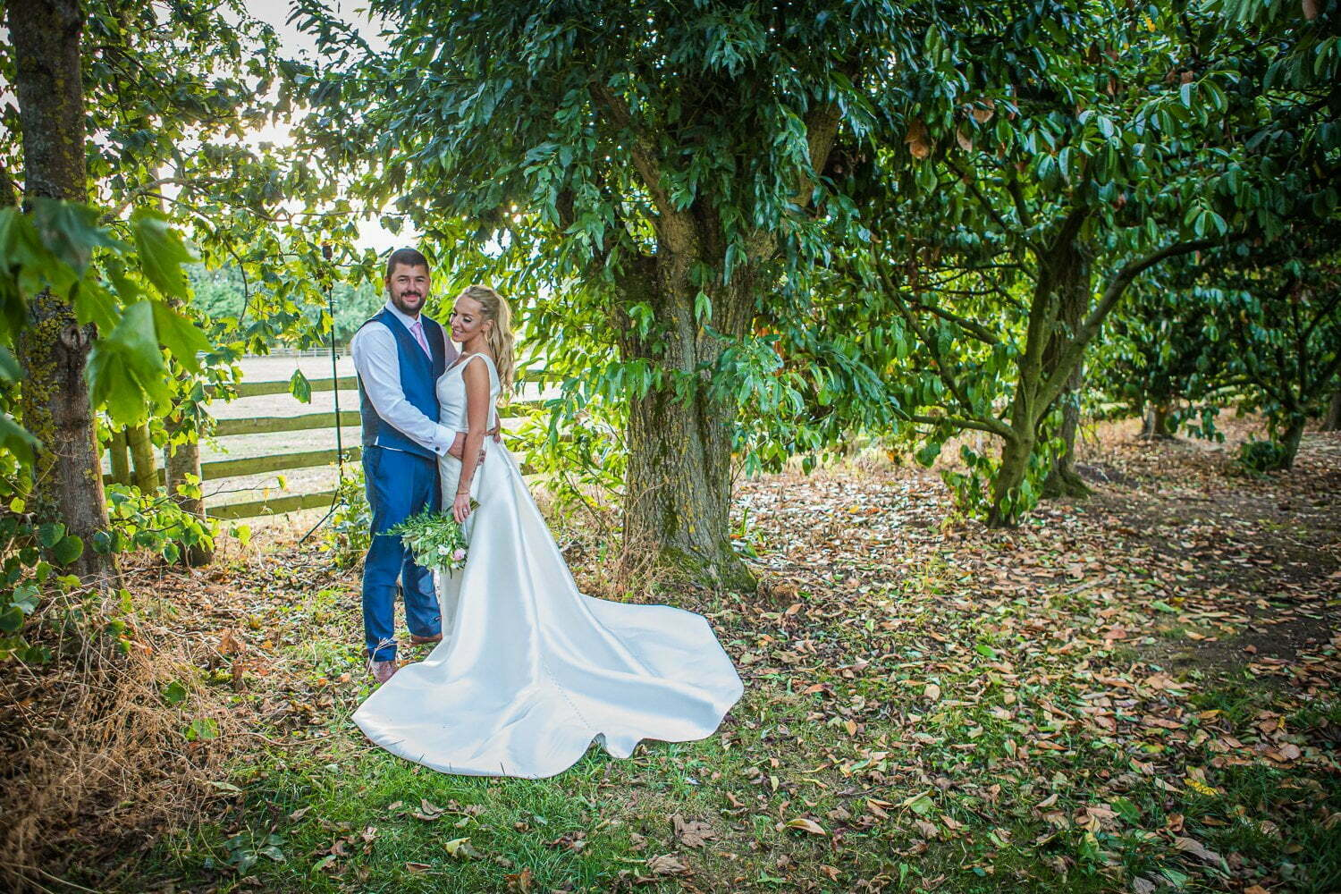 Oxleaze Barn wedding LA 125