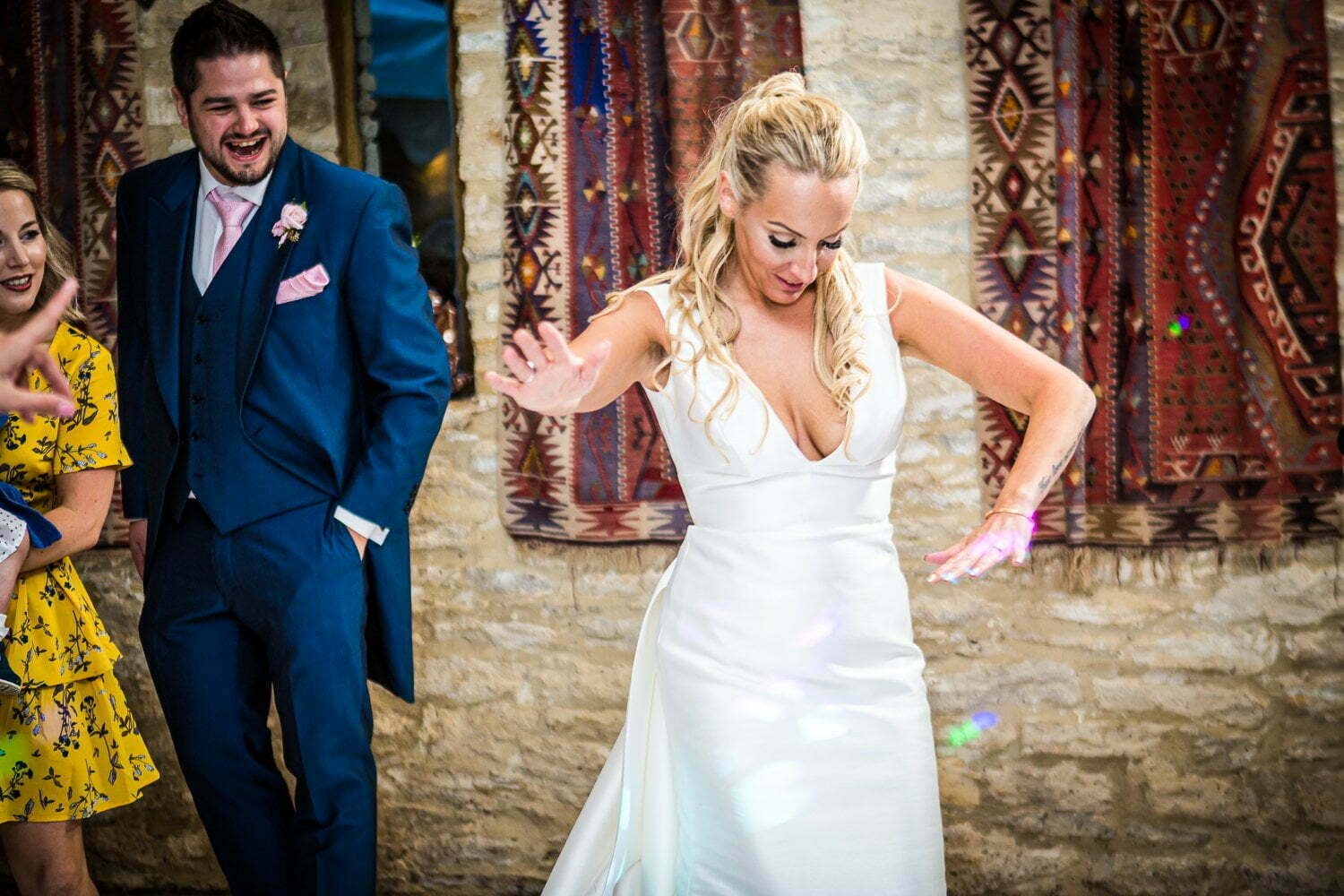 Oxleaze Barn wedding LA 148
