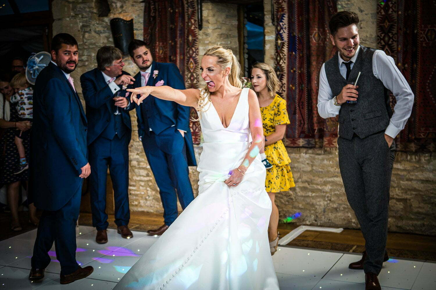 Oxleaze Barn wedding LA 149