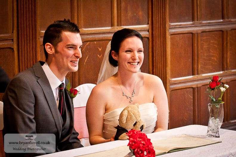 cleeve house wedding photographers 39