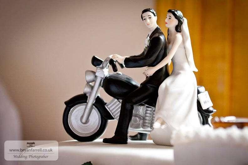 cleeve house wedding photographers 56