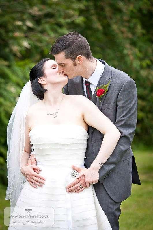 cleeve house wedding photographers 83