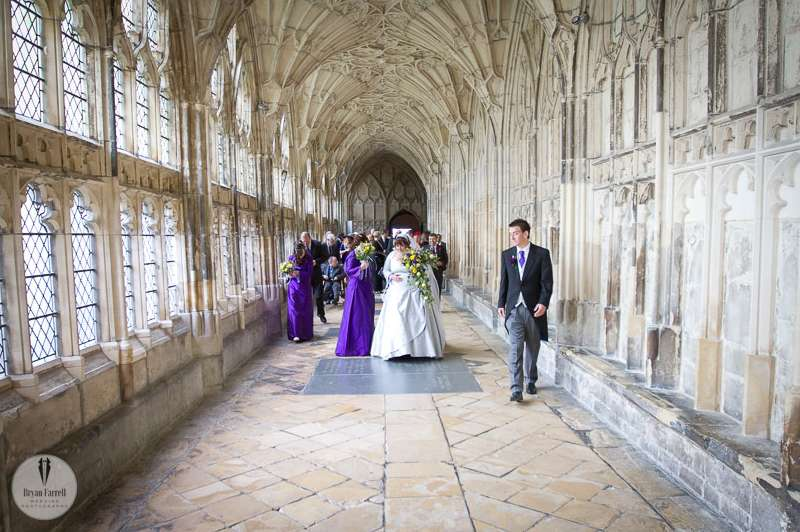 gloucester cathedral wedding photographers 14