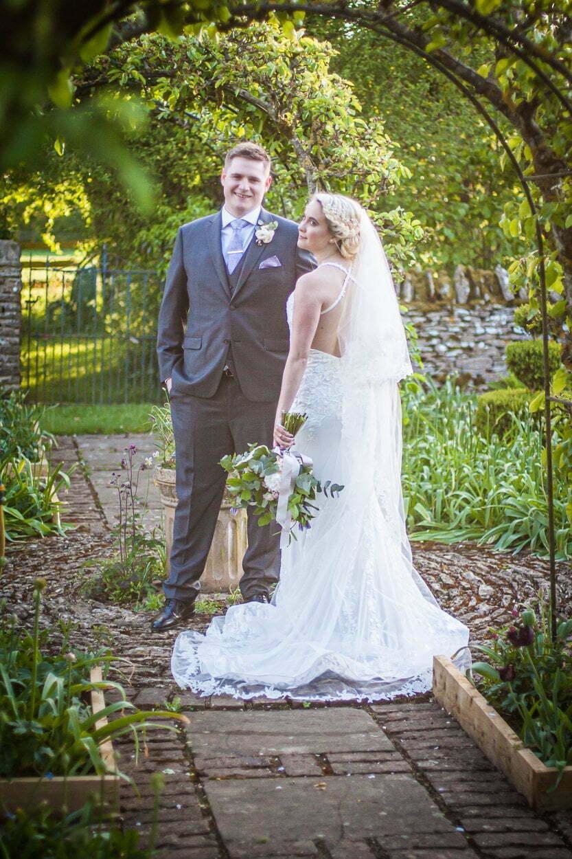 oxleaze barn wedding JS 147