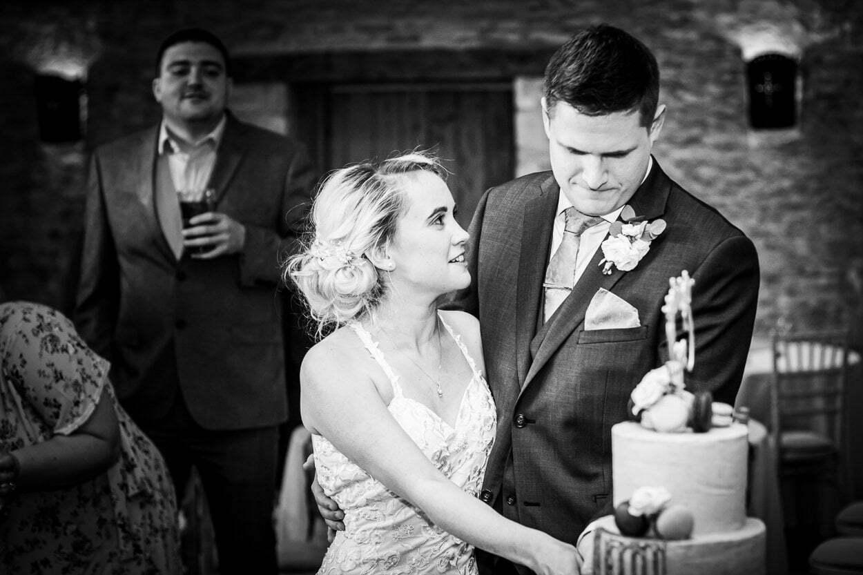 oxleaze barn wedding JS 157