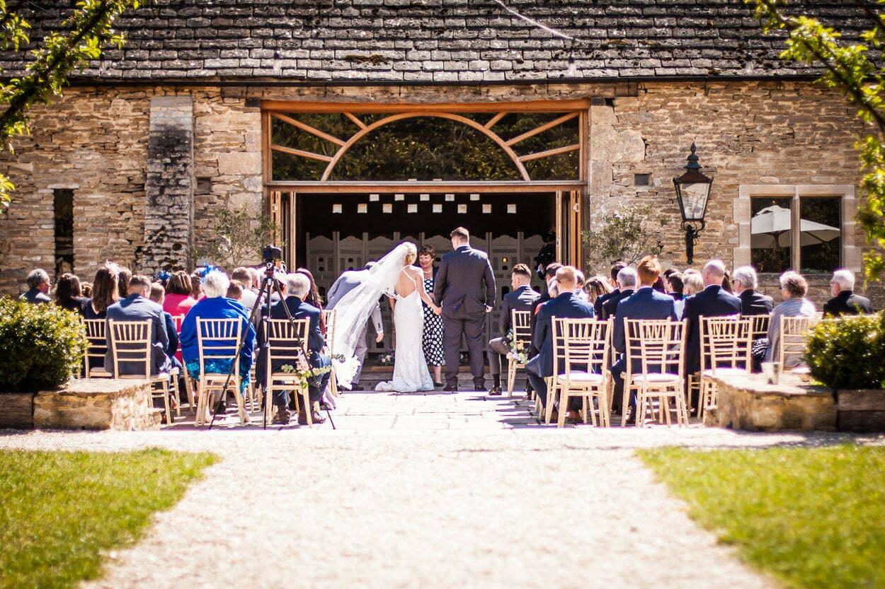 oxleaze barn wedding JS 34