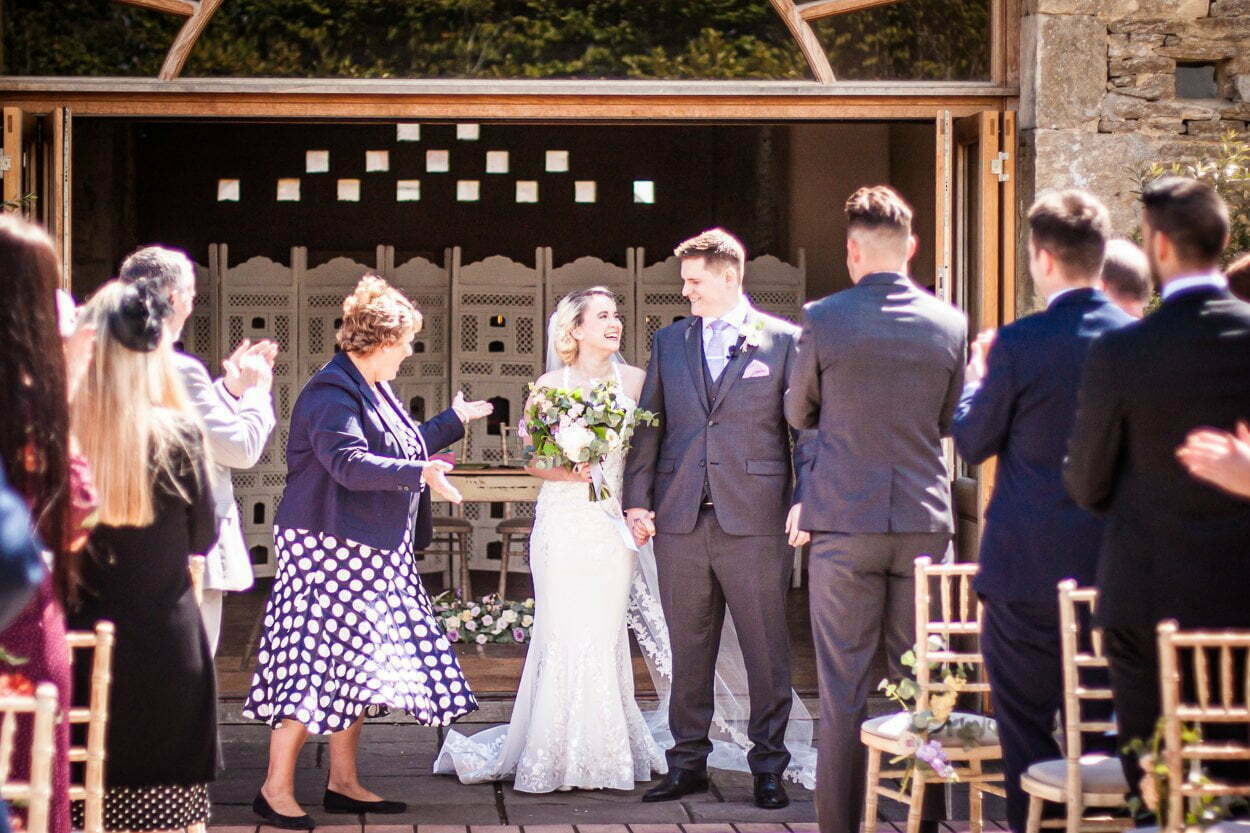 oxleaze barn wedding JS 44