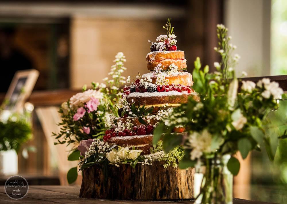 stone barn wedding 13