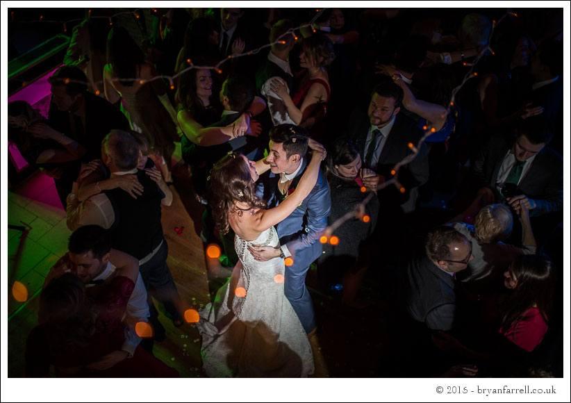 kingscote barn wedding photographers GA 116