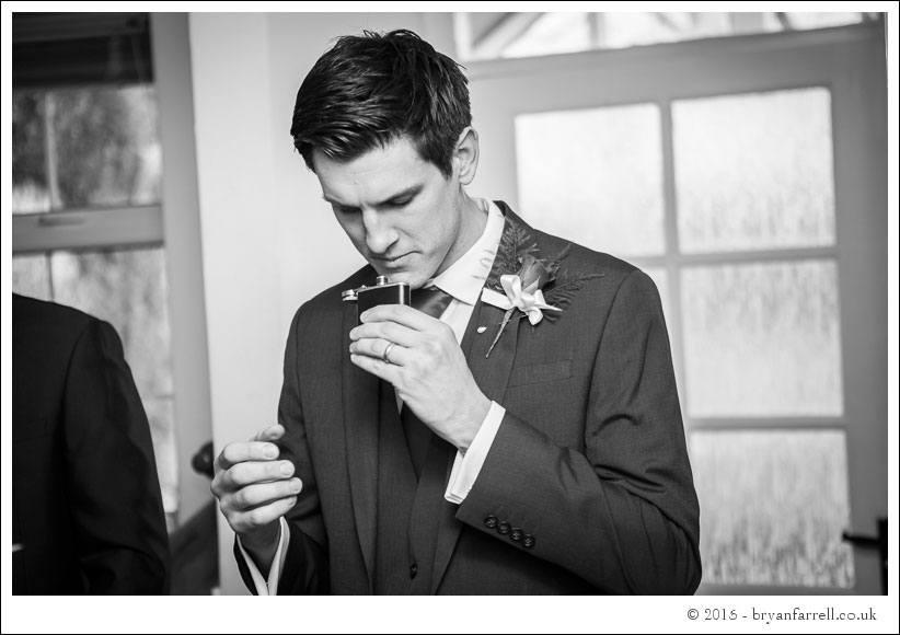 kingscote barn wedding photographers GA 21
