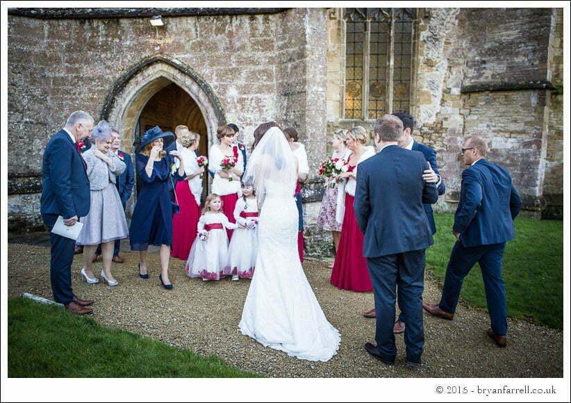 kingscote barn wedding photographers GA 55