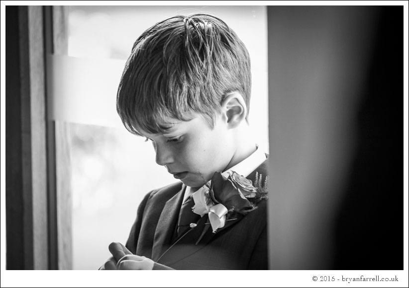kingscote barn wedding photographers GA 69