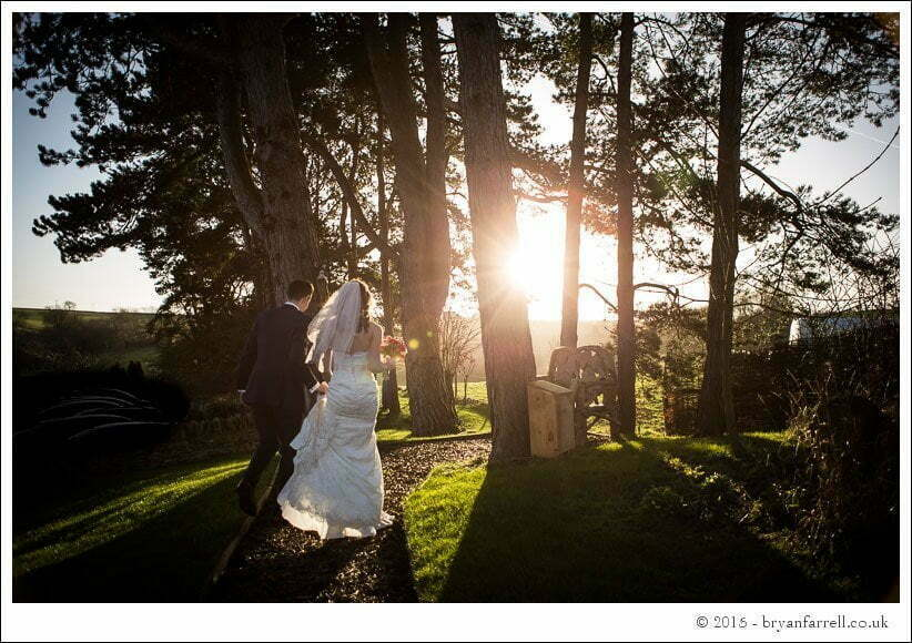 kingscote barn wedding photographers GA 84