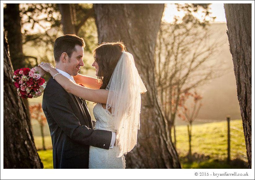 kingscote barn wedding photographers GA 85
