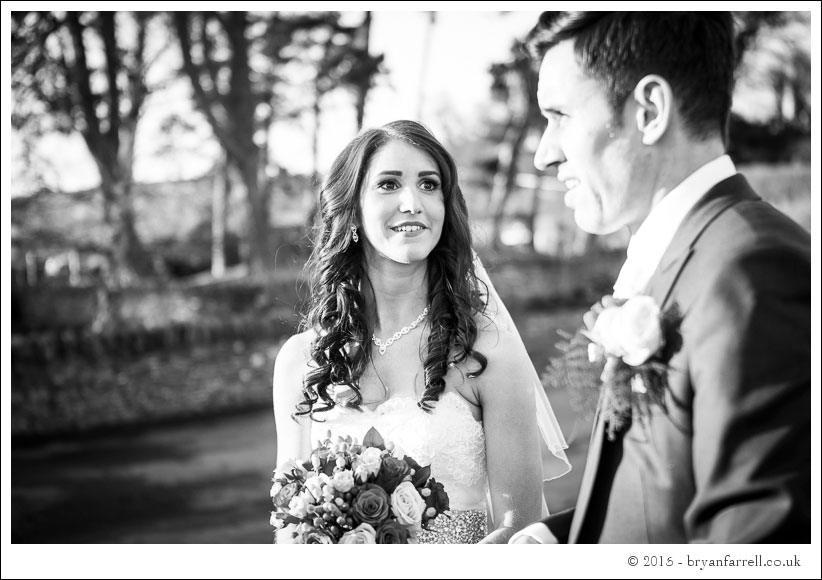 kingscote barn wedding photographers GA 89