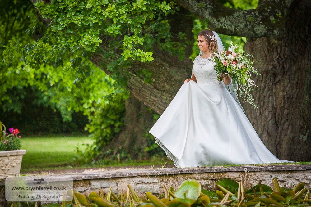 Cefn Tilla Court Wedding 14