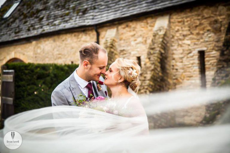 Oxleaze Barn Winter Wedding BH.