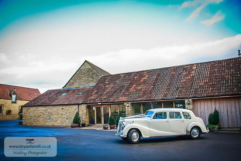 Kingscote Barn Winter Wedding GPS SG 14