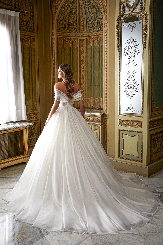 Wedding Dresses by Ronald Joyce 16