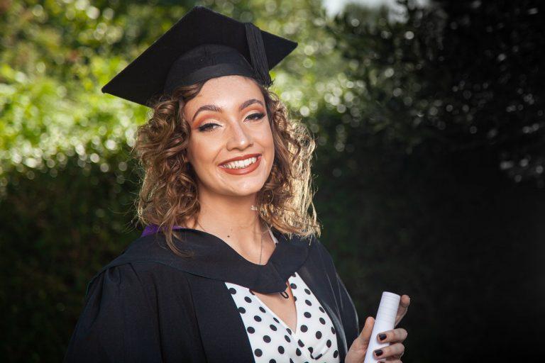 Graduation Photographer – Edge Hill Ormskirk